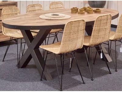 Table de salle à manger Kuta 425,00 €